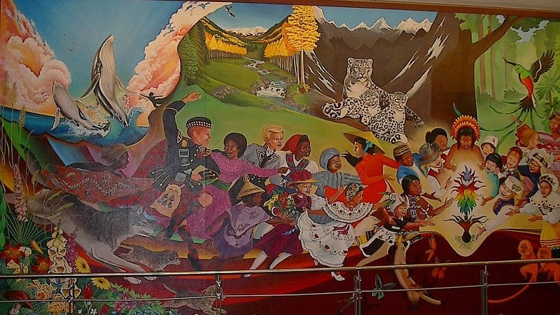 What s going on in denver international airport for Denver international airport mural